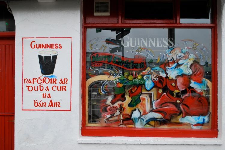 Guinnes Santa Gaelic Galway