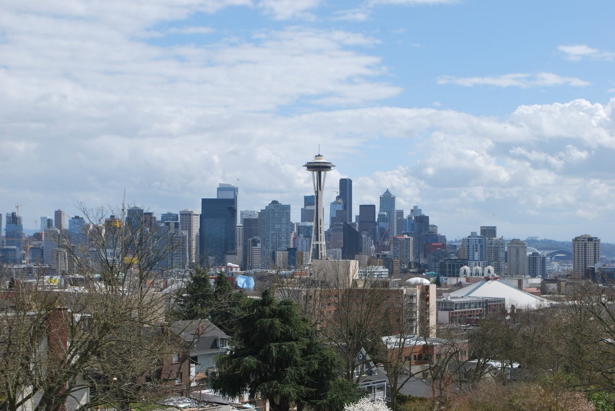Daytime Seattle skyline view from Kerry Park
